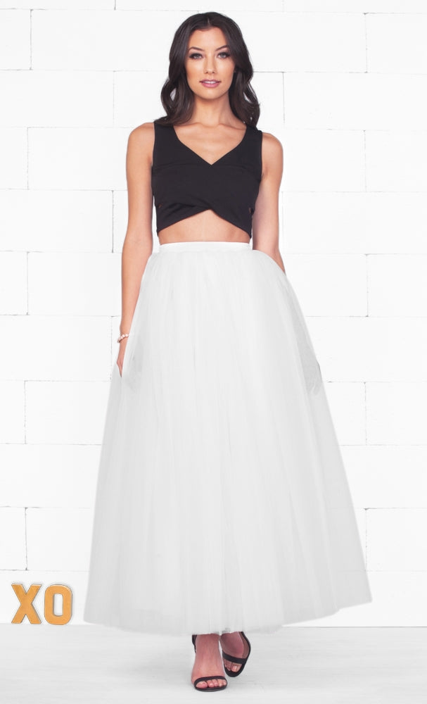 Do A Twirl 7 Layer White Pleated Elastic Waist Swiss Tulle Ball Gown Maxi Skirt