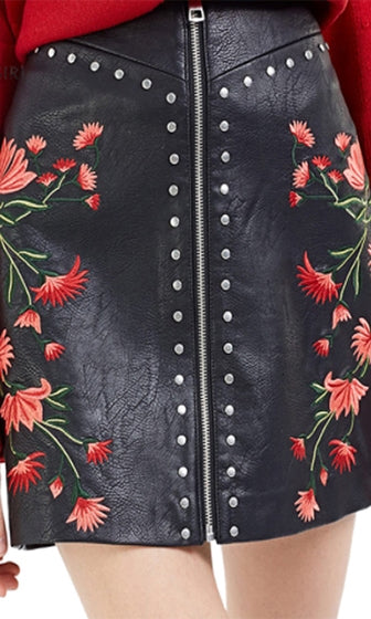 Claim To Fame Black Red Floral Stud Faux Leather Zip Pattern Mini Skirt