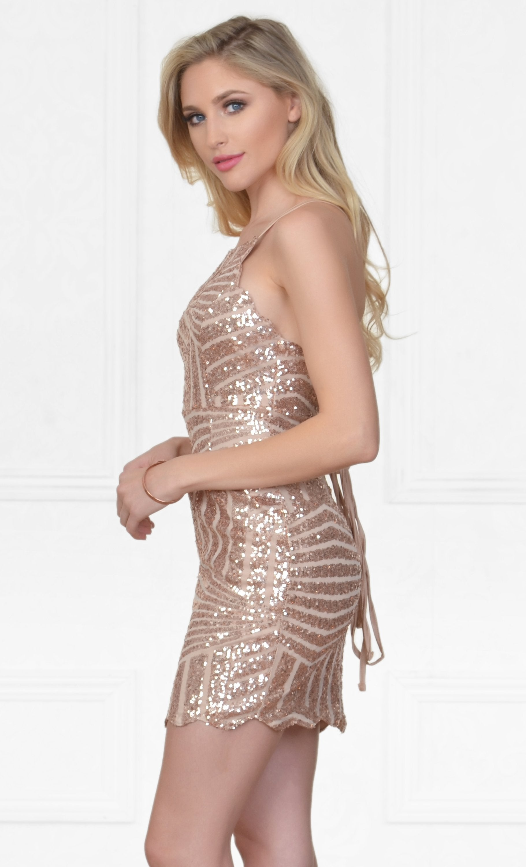 Indie XO Time To Celebrate Gold Geometric Scalloped Hem Sequin Spaghetti Strap Backless Halter Bodycon Mini Dress