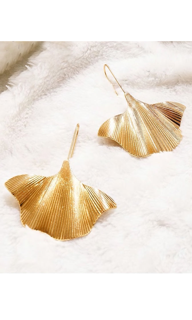 Going Organic Textured Leaf Dangle Earrings - 2 Colors Available