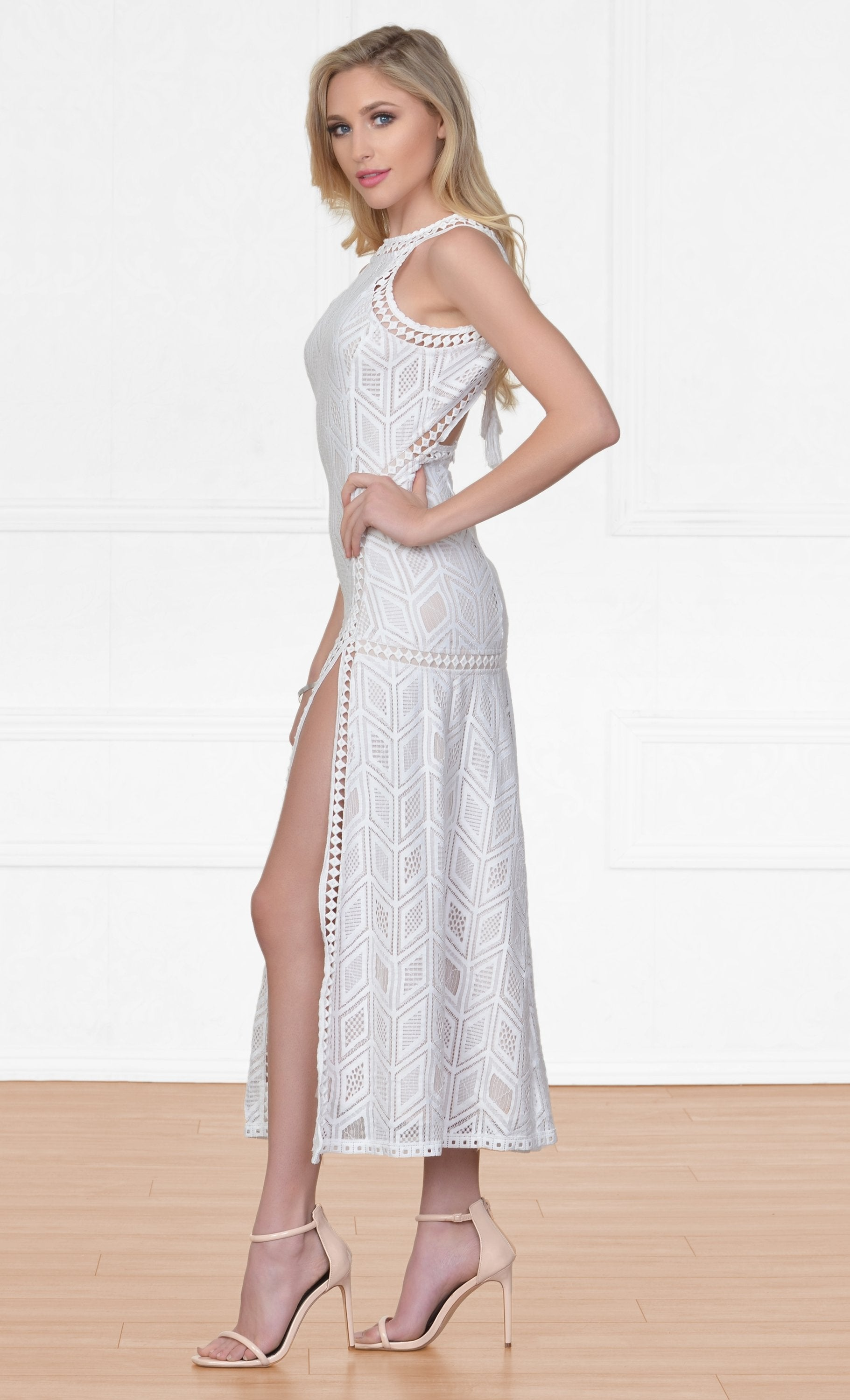 d97a84e30a Indie XO Nowhere To Hide Off White Sleeveless Halter Cut Out Geometric Lace  Crochet Double Slit