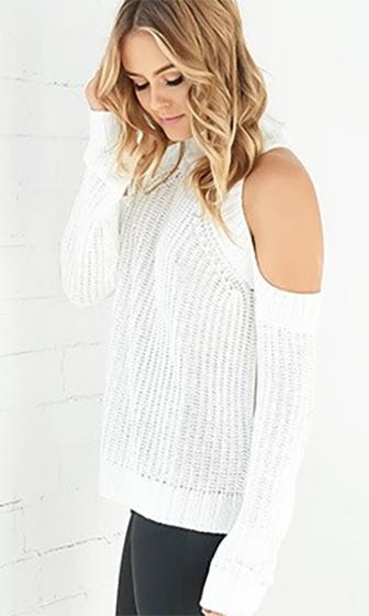 Cold As Ice White Long Sleeve Cut Out Shoulder Mock Neck Pullover Sweater