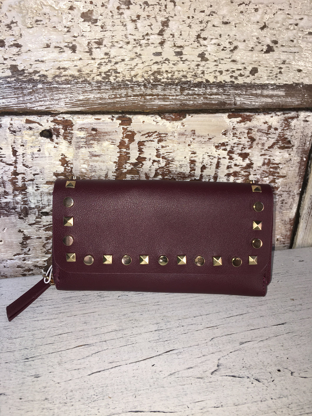 WINE WALLET WITH STUDS