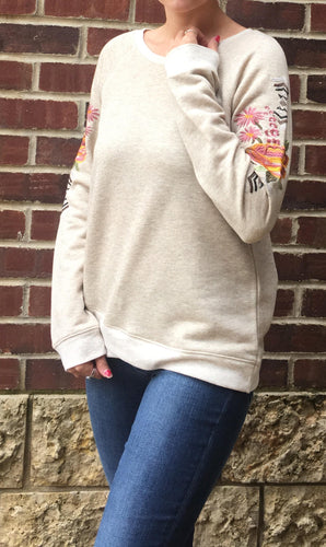 EMBROIDERED SLEEVE PULLOVER