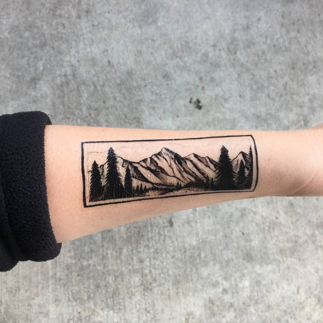 Mountain Tattoo, CAG45