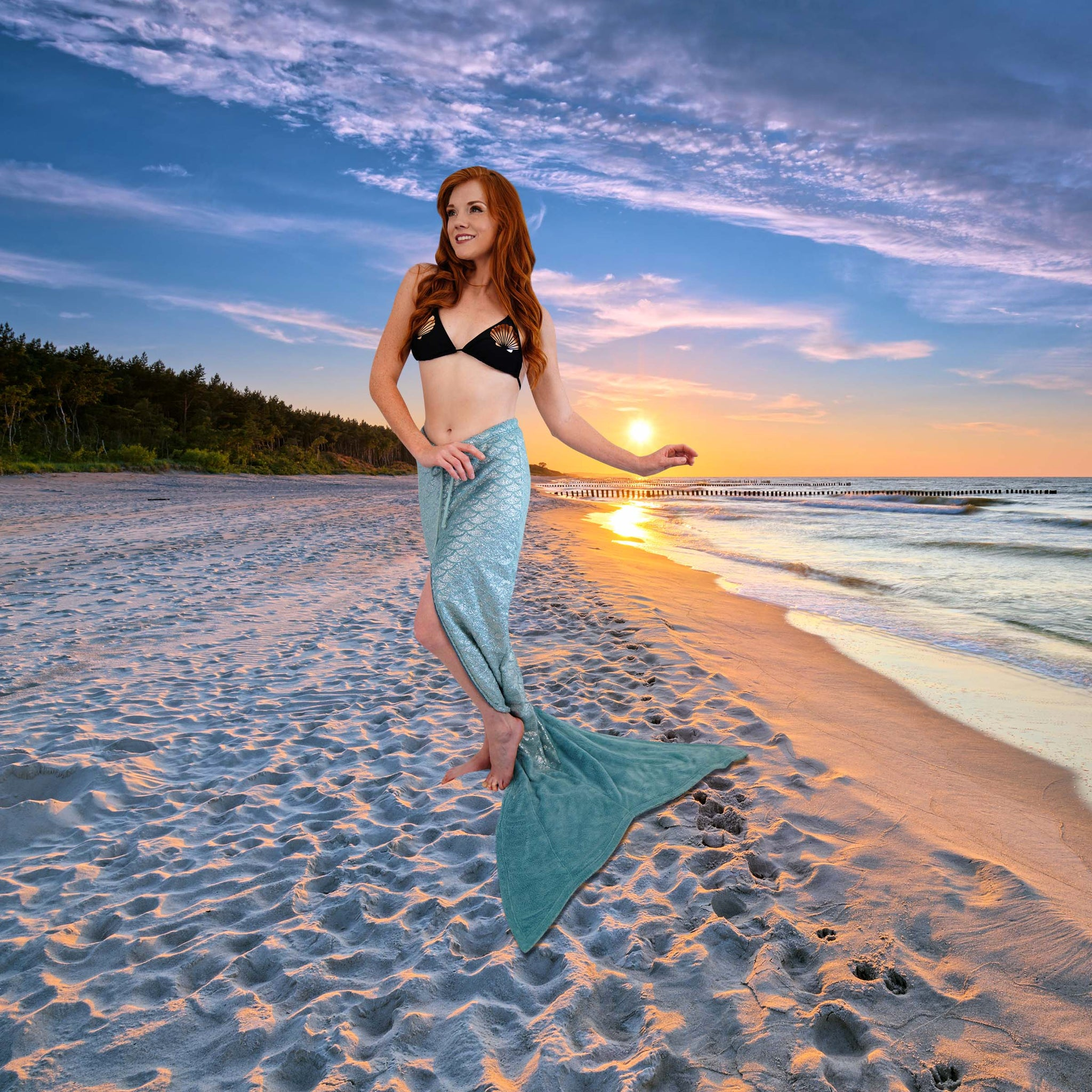 Mermaid Ginger in the Cape Cali Walkable Tail