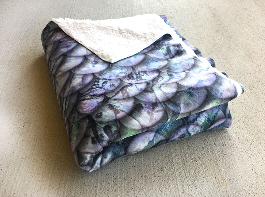 Sherpa Throw Mermaid Blanket - Ice Purple Scales