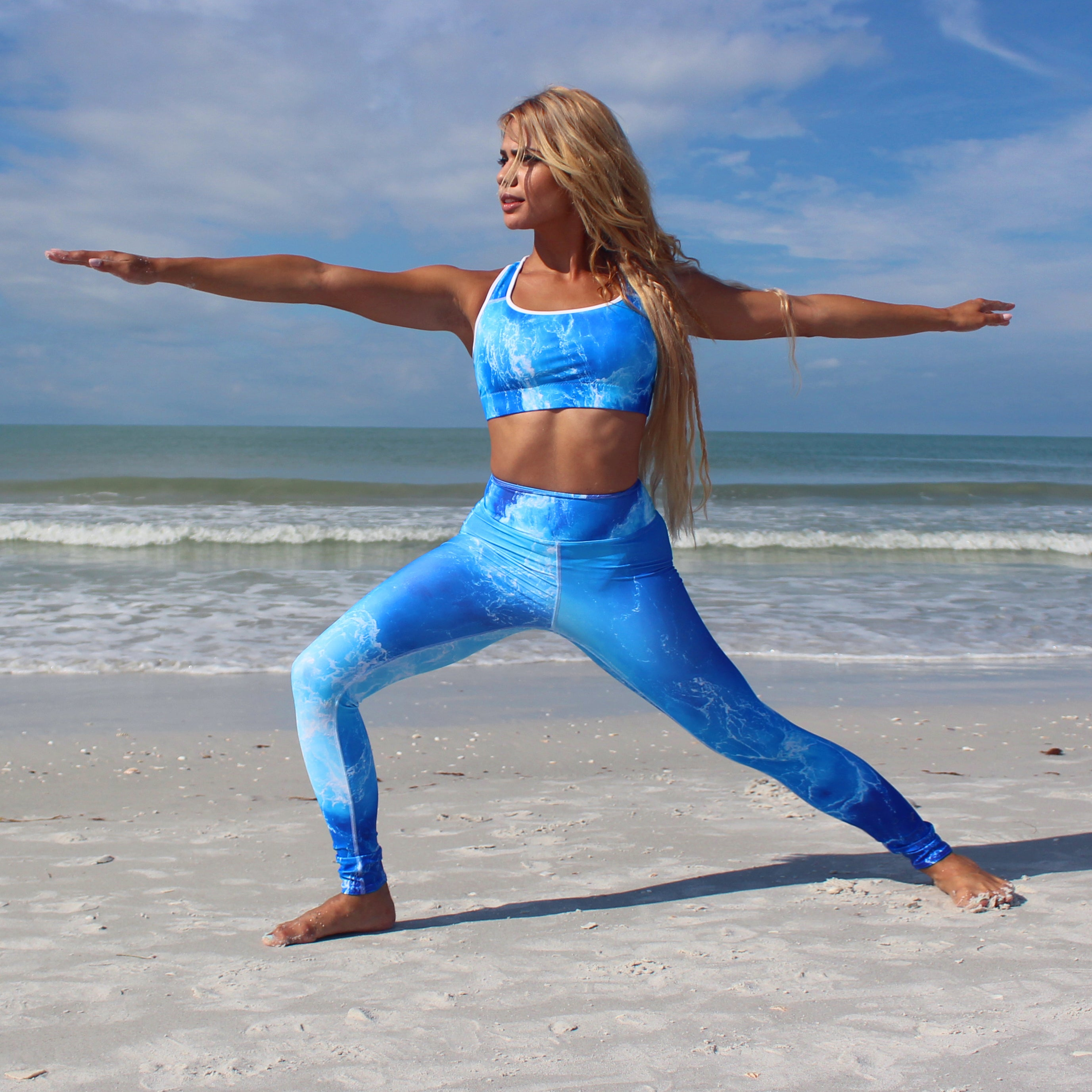 Deep Blue Ocean Sports bra - Cape Cali
