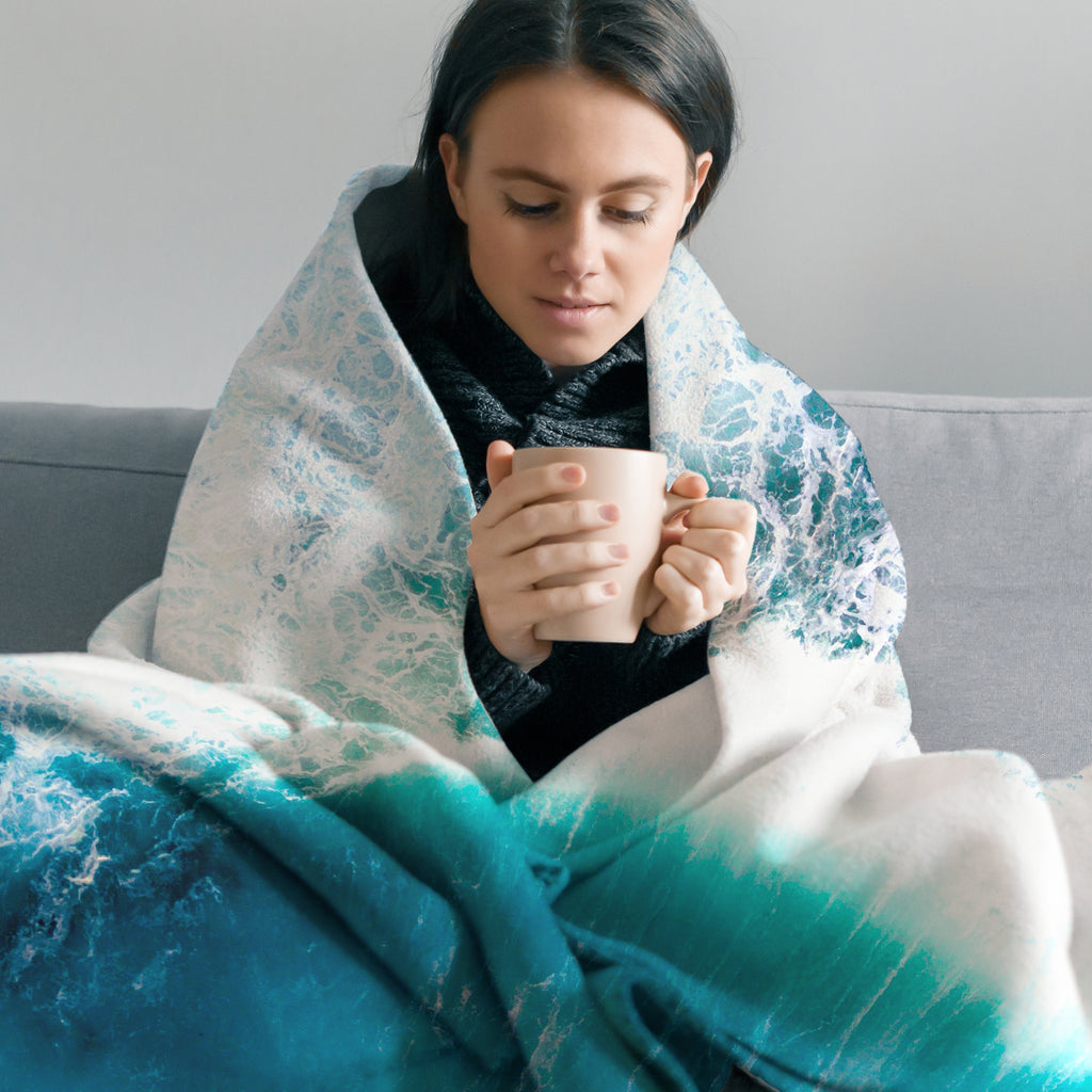 Wave Throw Blanket - Cape Cali