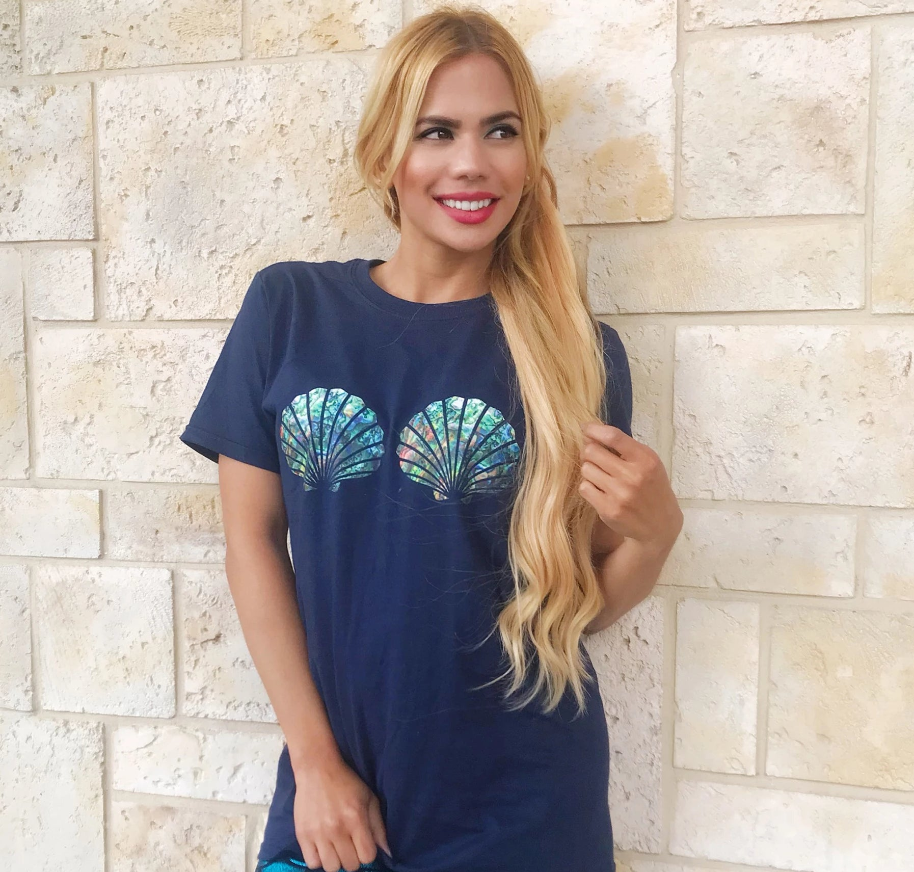 Abalone Mermaid Shell Top Boyfriend Tee - Cape Cali