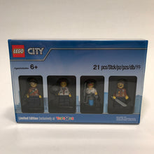 City Jungle Minifigure Collection #5004940
