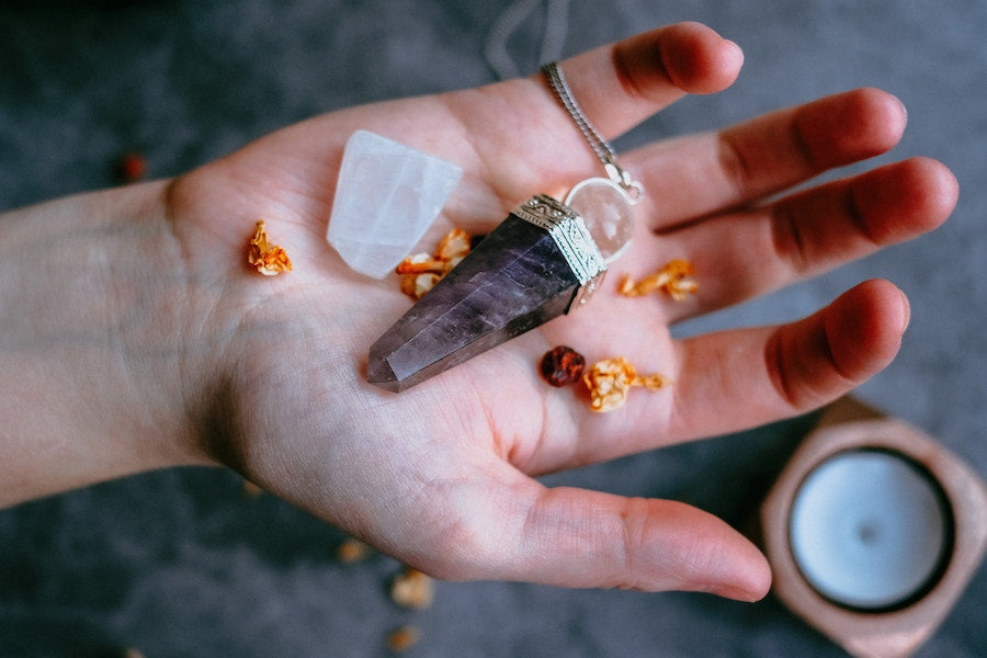 6 Healing Crystals Every Beginner Should Start With