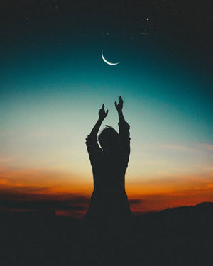 What Does The New Moon Represent and How To Use It's Energy