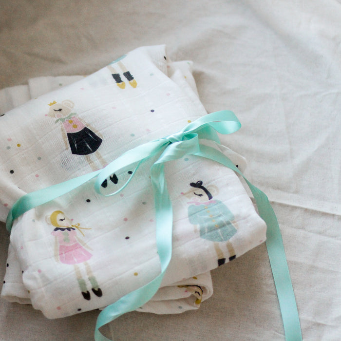 Organic Baby Blanket - Miss Mouse in Confetti