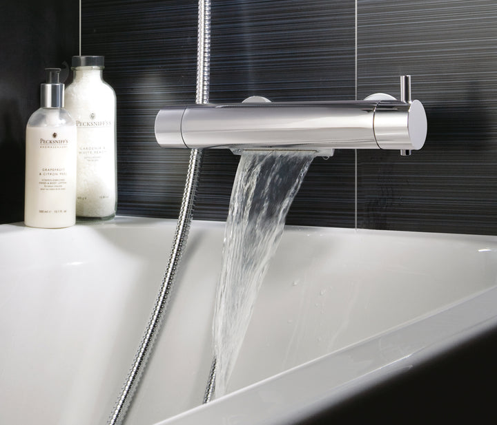 Round Thermostatic Bath ad Shower Mixer Deck Mounted with Cascade Spout Function