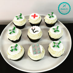 Flying Doctor Cupcakes