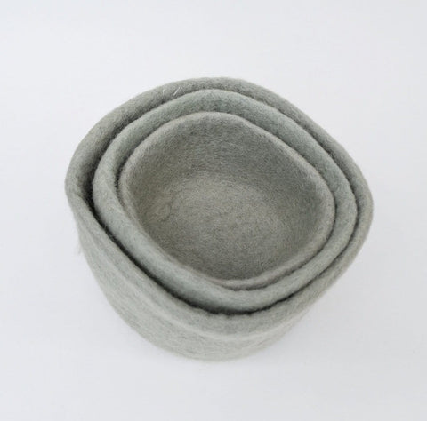 Earth Nesting Bowls in Sage