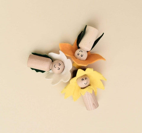 Flower Trio Peg People
