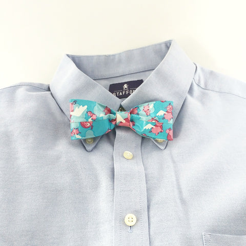 Funny Blue Clip On Bow Tie, When Pigs Fly Bowtie, Crazy Ties