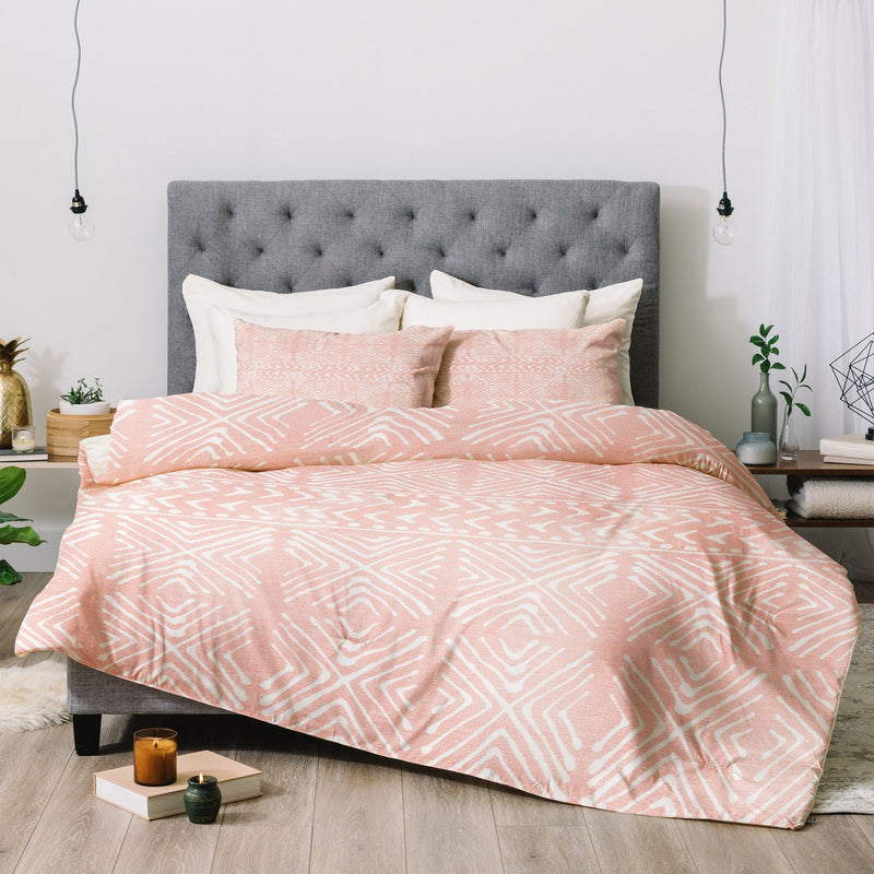Dash and Ash Stars Above in Coral Comforter - theprintypeople