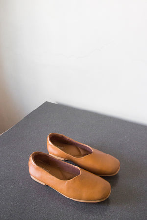 The Ballerine Flat in Tan - andanté, flats - loafers, flats leather footwear