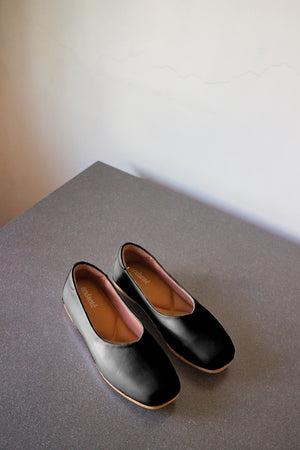 The Ballerine Flat in Black - andanté, flats - loafers, flats leather footwear