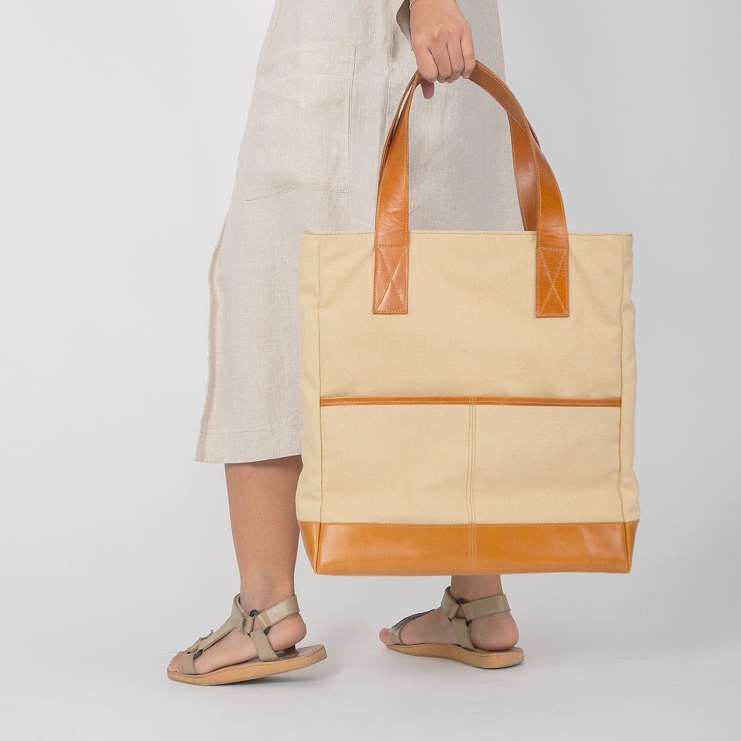 The Porter Tote in Beige - andanté, bags - loafers, bags leather footwear