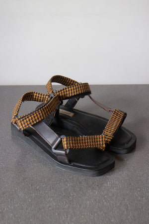 The Sportif Sandal in Caramel Plaid