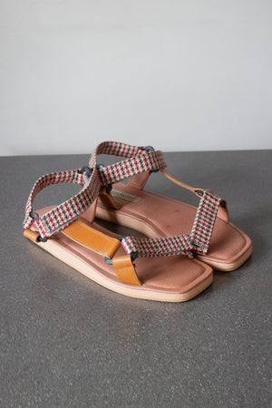The Sportif Sandal in Chestnut Plaid