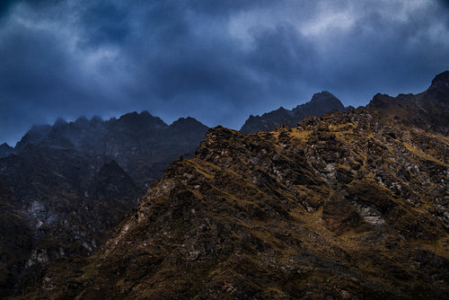 Remarkables-Mountains-Queenstown-Moody-Clouds-New-Zealand-Mark-Hannah-Photography