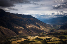 Gibbston-Valley-Queenstown-Crown-Range-The-Remarkables-Mark-Hannah-Photography