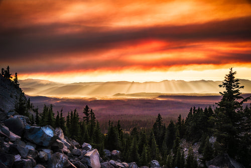 How-It-Ends-Crater-Lake-National-Park-USA-Sunset-Smoke-Light-Rays-Mark-Hannah-Photography