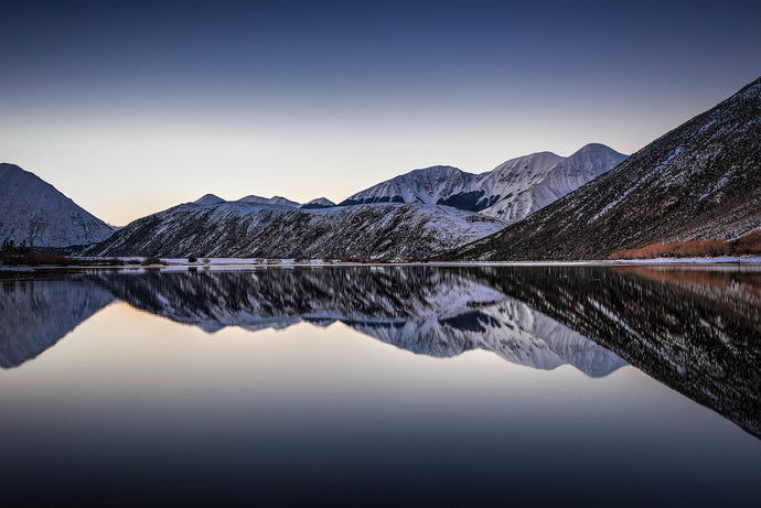 Lake-Pearson-Canterbury-Arthurs-Pass-New-Zealand-Winter-Reflections-Mark-Hannah-Photography