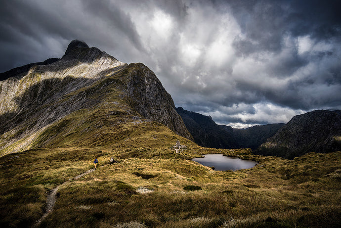 Mackinnon-Pass-Milford-Sound-Track-Great-Walk-Moody-Sky-Mark-Hannah-Photography