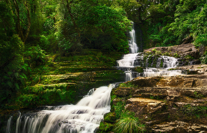 McLean-Falls-Catlins-New-Zealand-Waterfall-Mark-Hannah-Photography