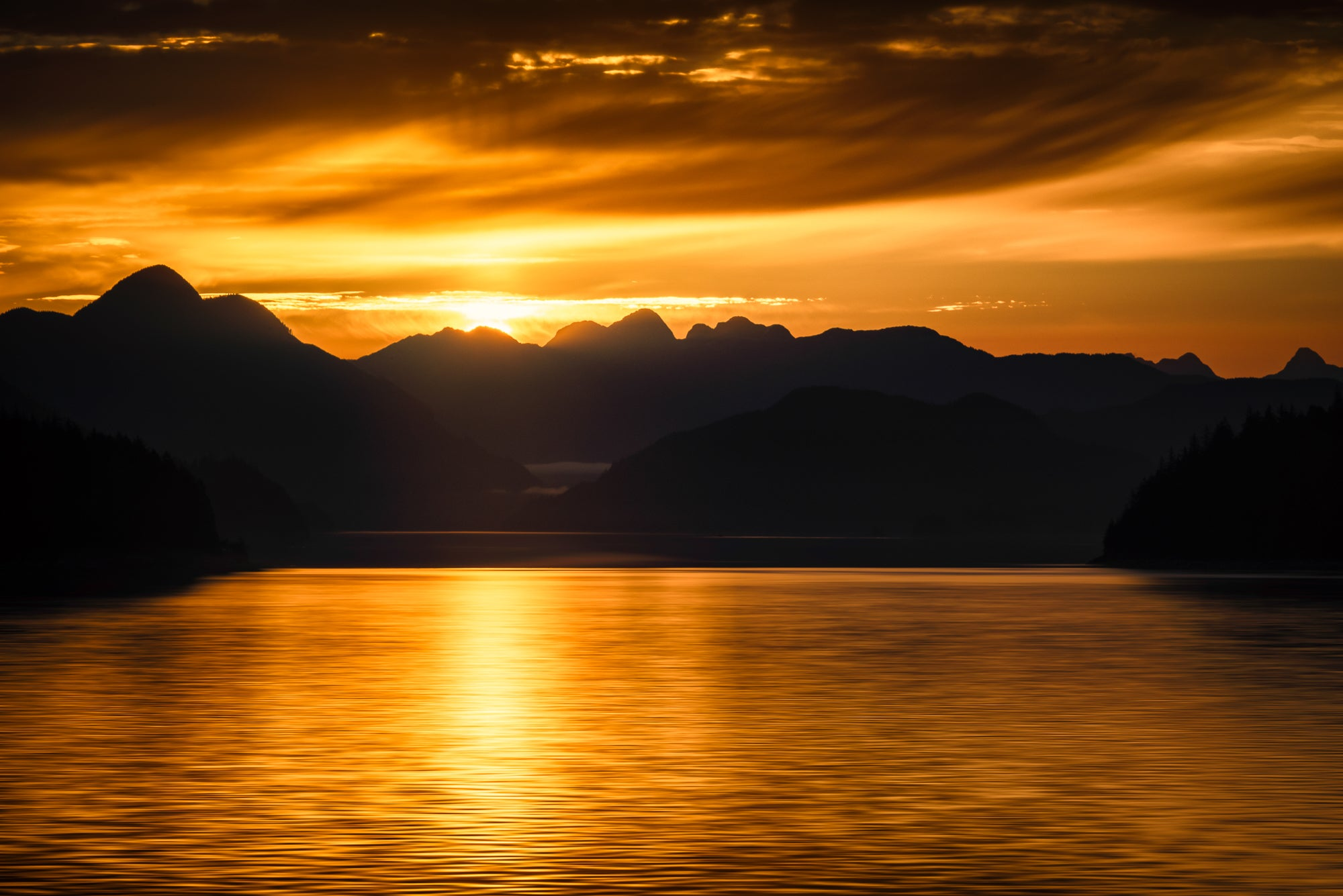 Sunset-Alaska-Coastline-Golden-USA-Mark-Hannah-Photography