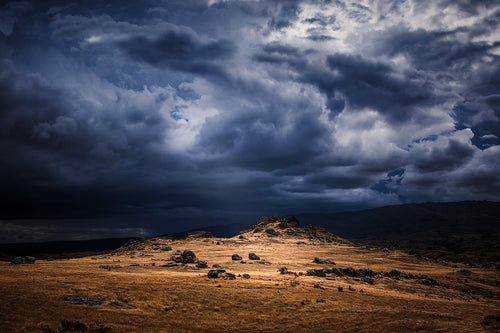 Middlemarch-Otago-New-Zealand-Middle-Earth-Moody-Dramatic-Mark-Hannah