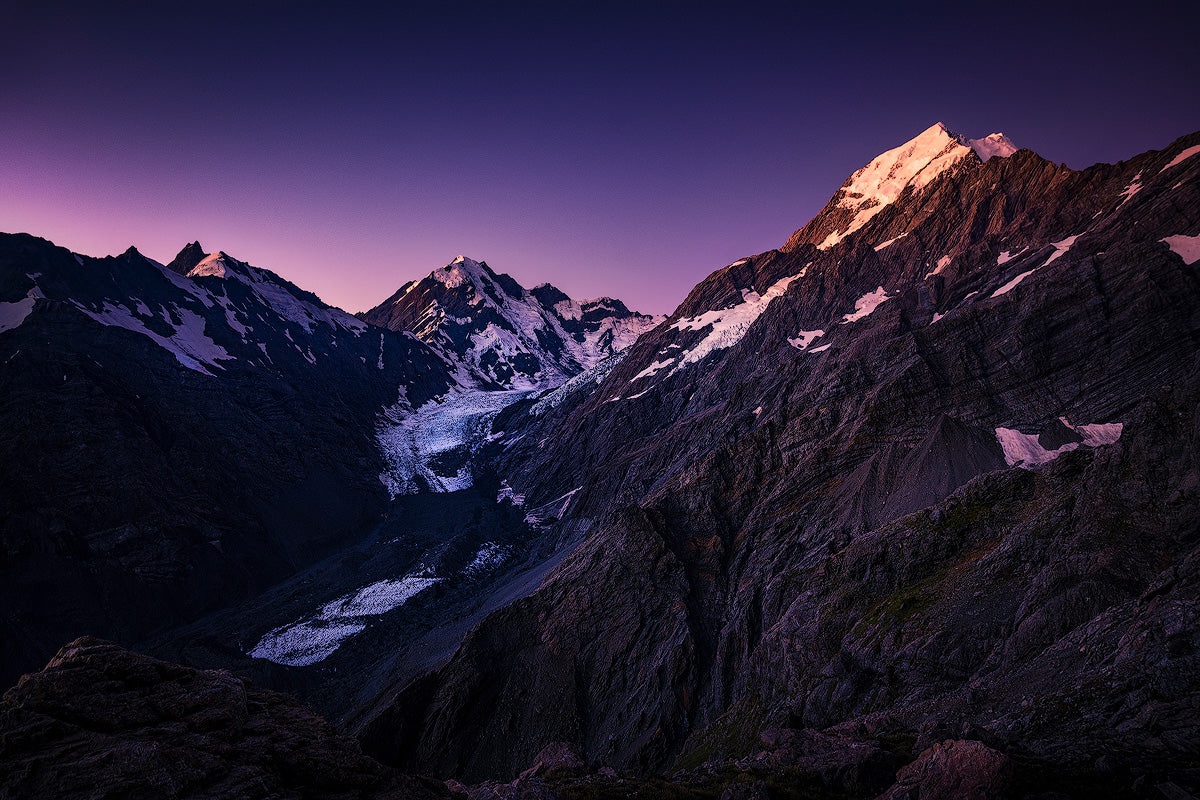 Mount-Cook-New-Zealand-Hooker-Glacier-Twilight-Sunset-Mountain-Mark-Hannah-Photography