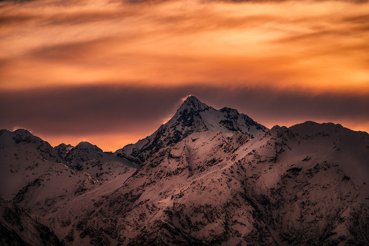 Mount-D'Archaic-Canterbury-Sunset-New-Zealand-Mountain-Mark-Hannah-Photography