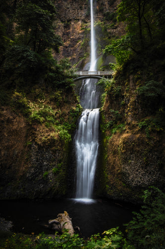 Multnomah-Falls-Waterfall-Portland-Oregon-USA-Mark-Hannah-Photography