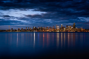 Seattle-Skyine-Cityscape-Nightscape-City-Harbour-Washington-USA-Mark-Hannah-Photography