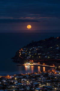 Sumner-Christchurch-Super-Moon-Cityscape-Long-Exposure-Mark-Hannah-Photography