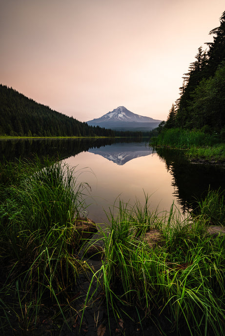 Mount-Hood-Reflection-Trillium-Lake-Oregon-USA-Mark-Hannah-Photography