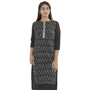 Manurath  Women Self Design Straight Kurta  (Black)