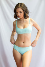 SAGE TOP ( Aqua / Pink Yarrow)