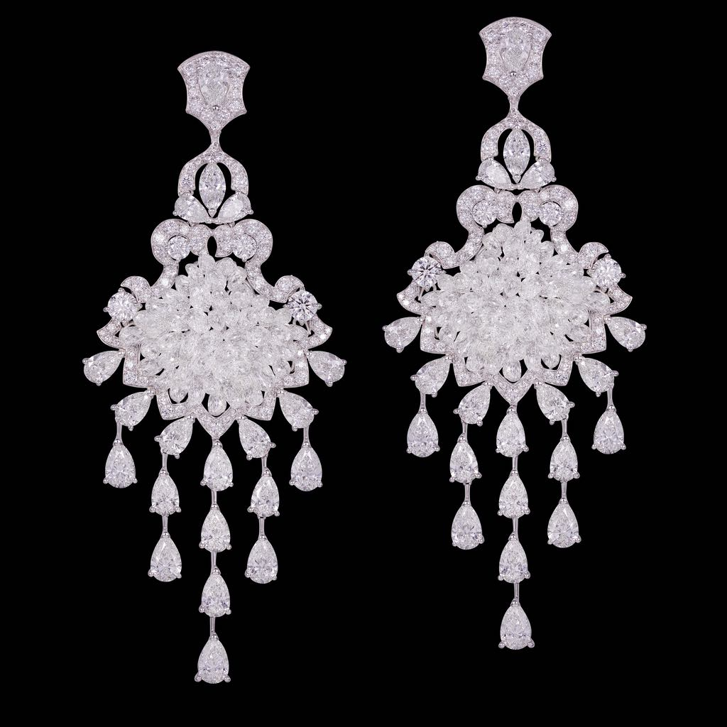 CLASSIC BRIOLETTES DIAMOND EARRINGS