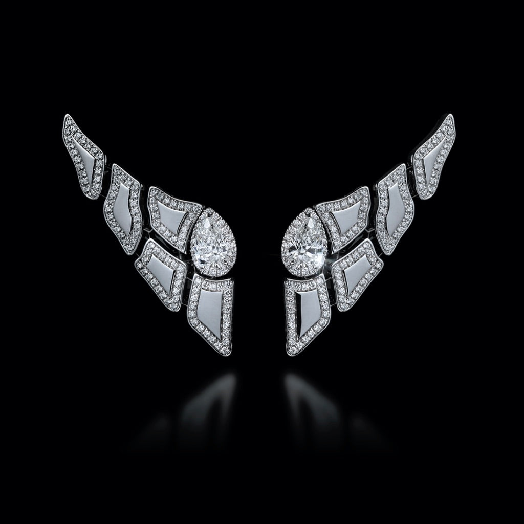 CROCO DREAM Skin Diamond Earrings in White Gold