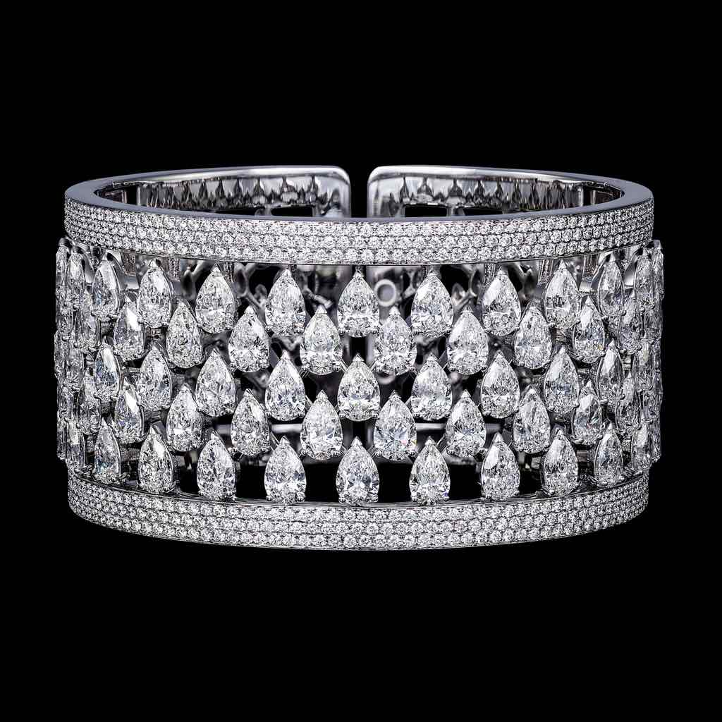 SIMPLICITY FIVE ROW DIAMOND CUFF