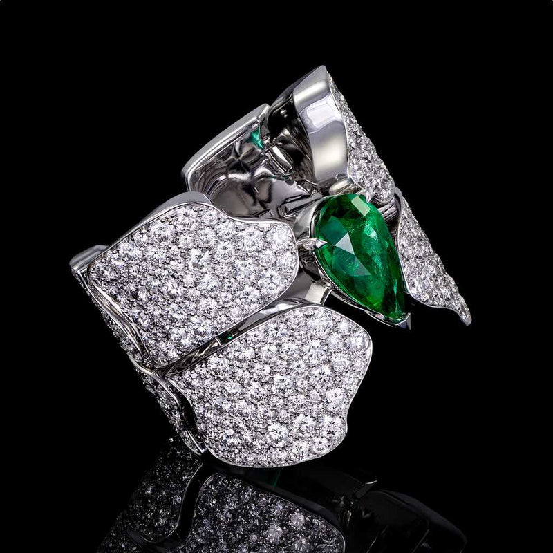 CROCO DREAM SKIN DIAMOND EMERALD RING WHITE GOLD