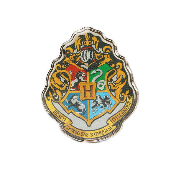This enamel pin badge features the iconic Hogwarts school crest, that incorporates the emblems of all four houses (Gryffindor's Lion, Slytherin's Snake, Hufflepuff's Badger and Ravenclaw's Raven) and a banner of the school motto: